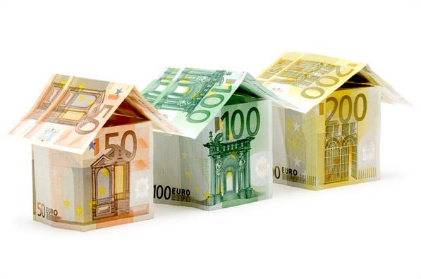 domy z peněz